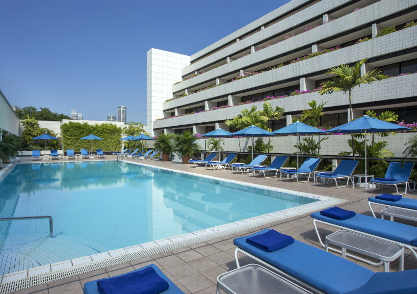 Photos videos hotel orchard concorde hotel singapore - Swimming pool singapore opening hours ...